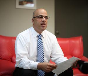 Héctor Ferrer niega que mantenga vínculos con empresa de cabildeo