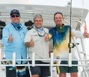 Poco a Poco destaca en segundo día del Torneo Internacional de Pesca