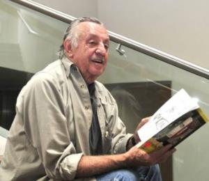 Los Agachados: en memoria de Eduardo del Río