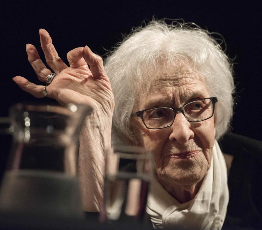 La poeta uruguaya Ida Vitale gana el Premio Cervantes (semisquare-x3)