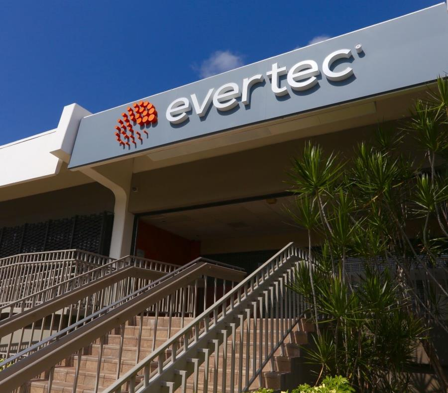 Fachada de la empresa Evertec. (GFR Media) (semisquare-x3)