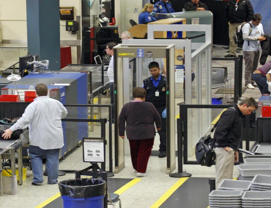 Estados Unidos implementará el reconocimiento facial en más aeropuertos (semisquare-x3)
