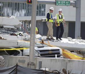 Encuentran errores de diseño en puente derrumbado en Florida