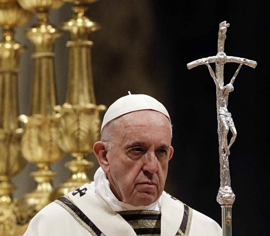 El papa Francisco celebra la misa de Pascua en la Plaza de San Pedro del Vaticano. (AP Foto/Andrew Medichini) (semisquare-x3)