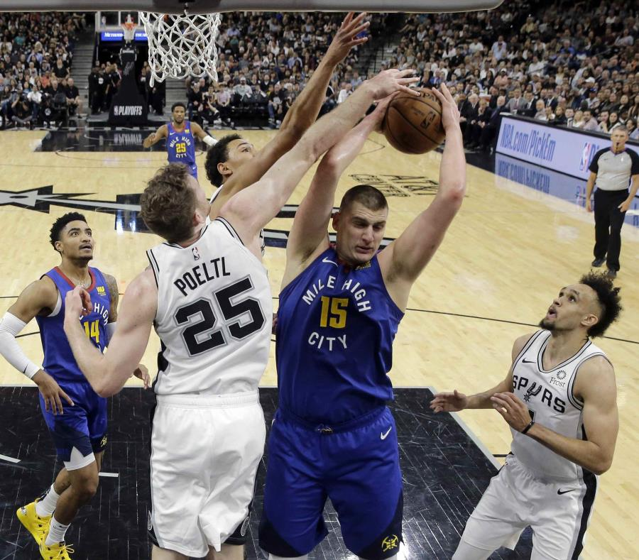 Baloncesto | Denver compitió y sacó la victoria en San Antonio