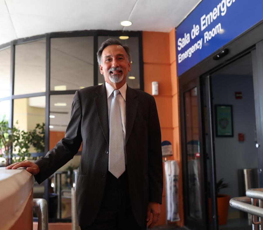 Domingo Cruz-Vivaldi, presidente del San Jorge Children Hospital. (semisquare-x3)