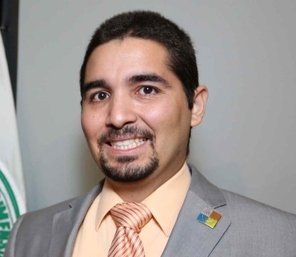 Alejandro Pinto Flores