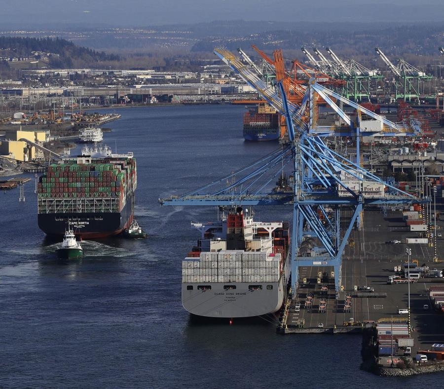 Vista de la actividad comercial en el puerto de Tacoma en Washington. (AP) (semisquare-x3)