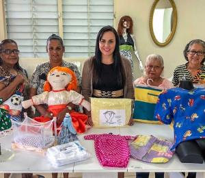 Una cooperativa de costureras nace en el Pueblito del Carmen en Guayama