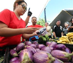 Buscan aumentar las compras del gobierno al agro