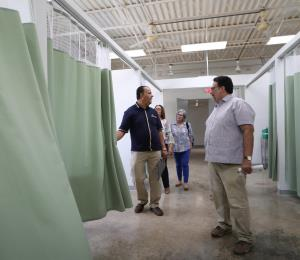 Vieques vive ocho meses de calvario tras el huracán María