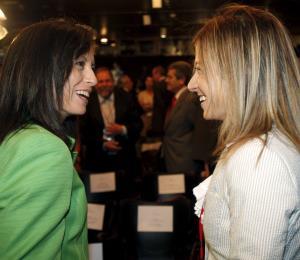 Mujeres en mayoría en España
