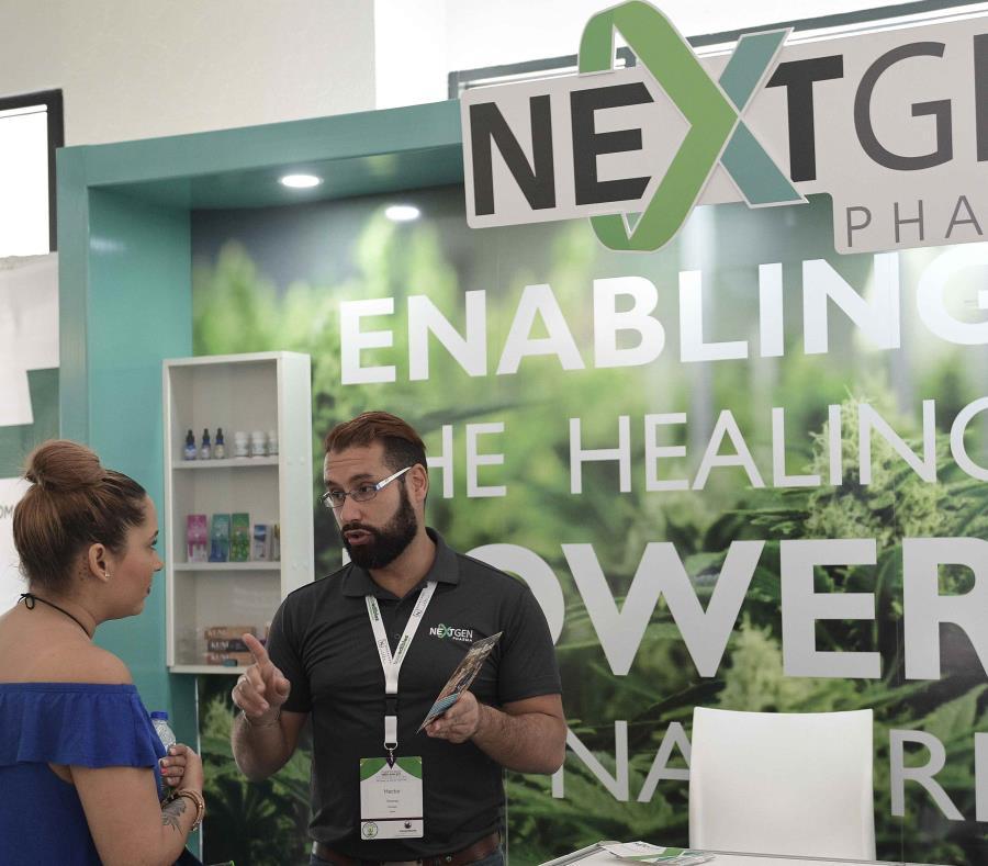 La cuarta edición del MedCannBizz se celebra en el Río Mar Beach Resort, en Río Grande. (semisquare-x3)