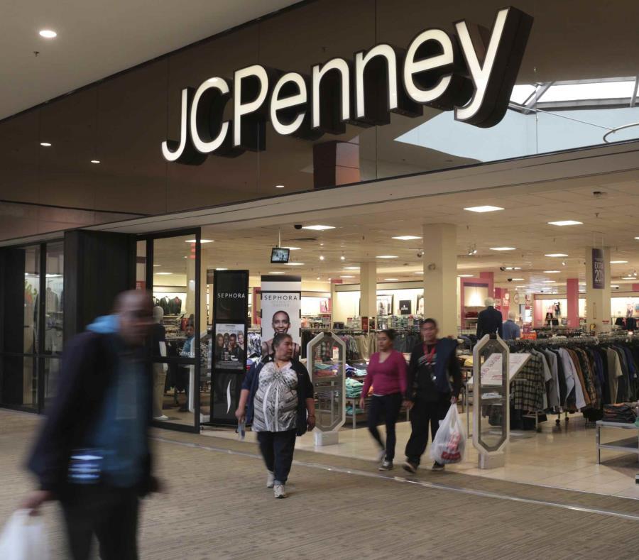 JCPenney reportó en febrero que las ventas netas totales para el año fiscal 2018 disminuyeron 7.1%. (AP) (semisquare-x3)