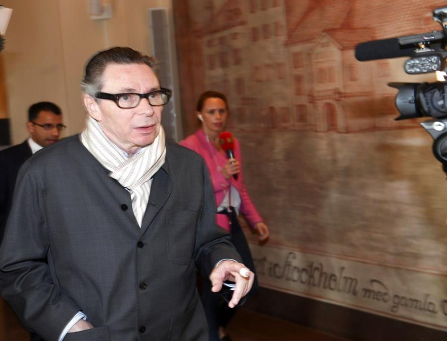 Cárcel por violación francés protagonista de escándalo Nobel