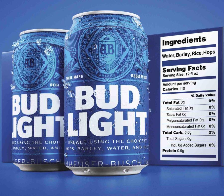Bud Light con el nuevo rótulo de información nutrional. (AP) (semisquare-x3)