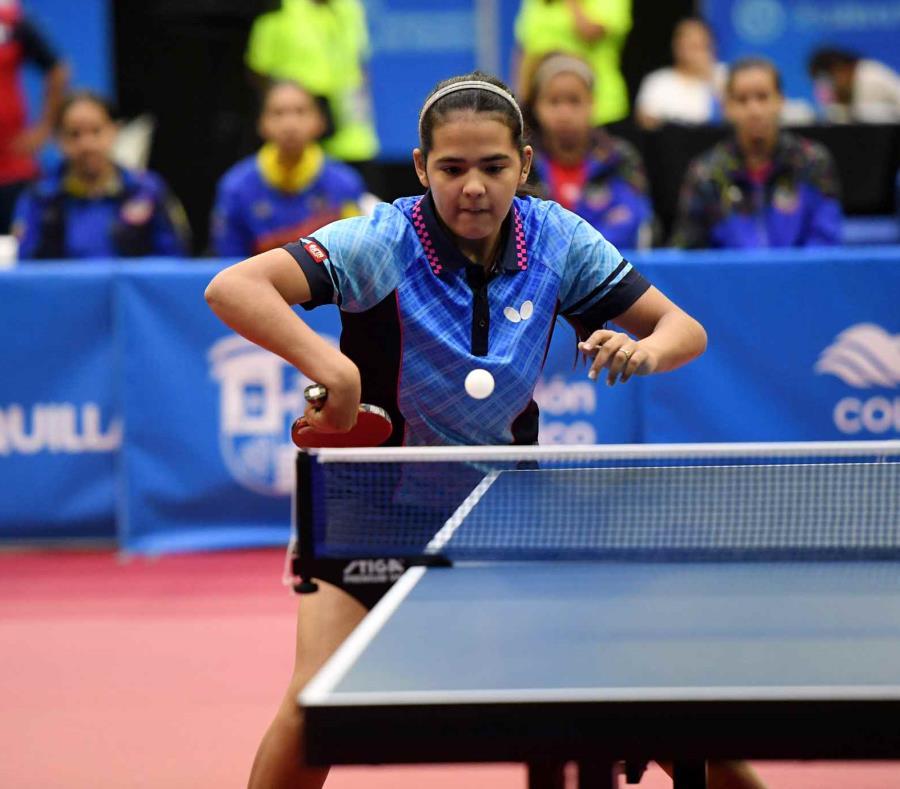 Adriana Díaz logró avanzar ayer entre las mejores 16. En la imagen de 2018, participa en los Juegos Centroamericanos y del Caribe. (GFR Media) (semisquare-x3)