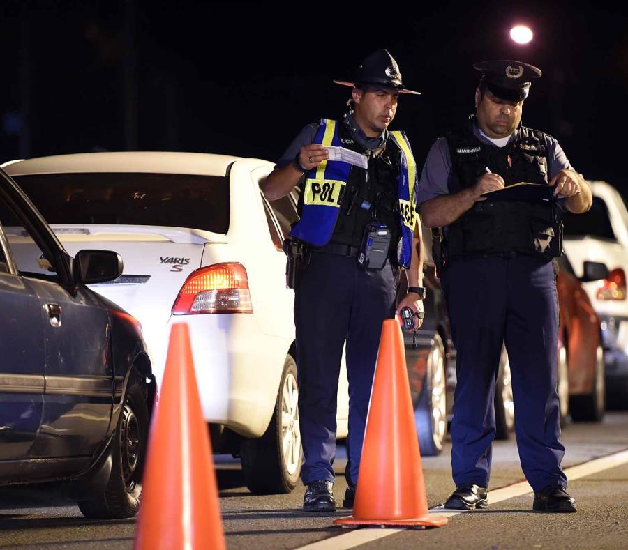 La Policía exhortó a los conductores a respetar las leyes de tránsito vigentes. (GFR Media) (semisquare-x3)