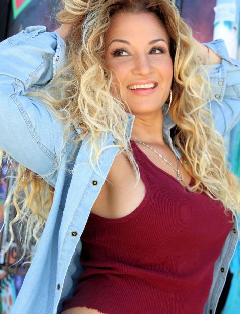 La cantante y su familia residieron varios años en Carolina, Puerto Rico. (Suministrada) (vertical-x1)
