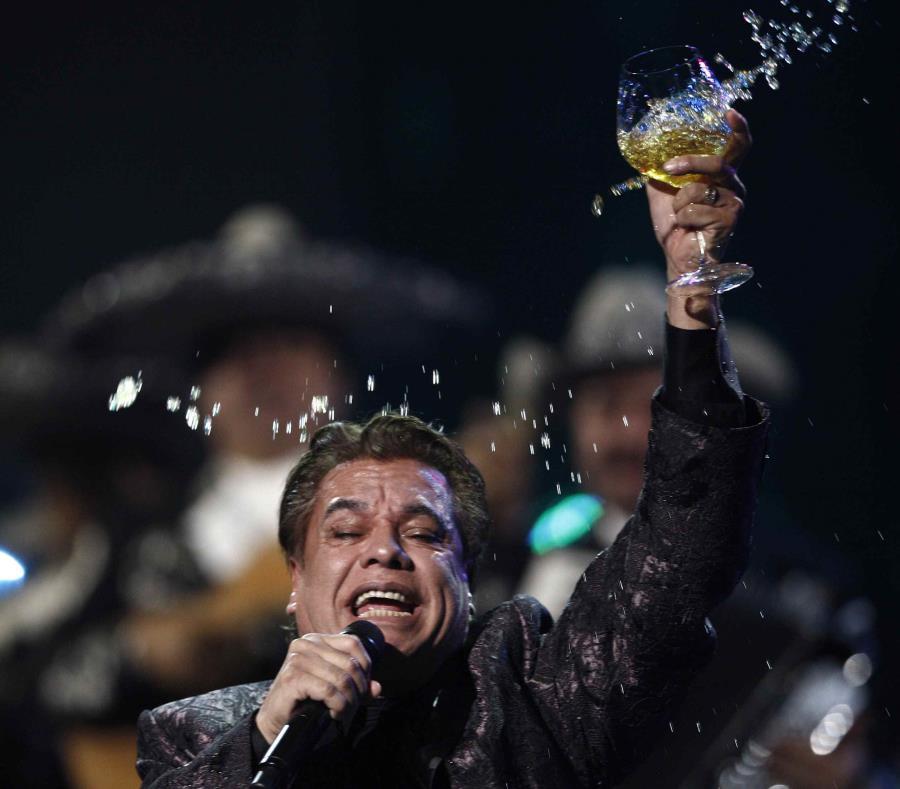 Juan Gabriel Sera El Amor Eterno De La Musica Mexicana El Nuevo Dia