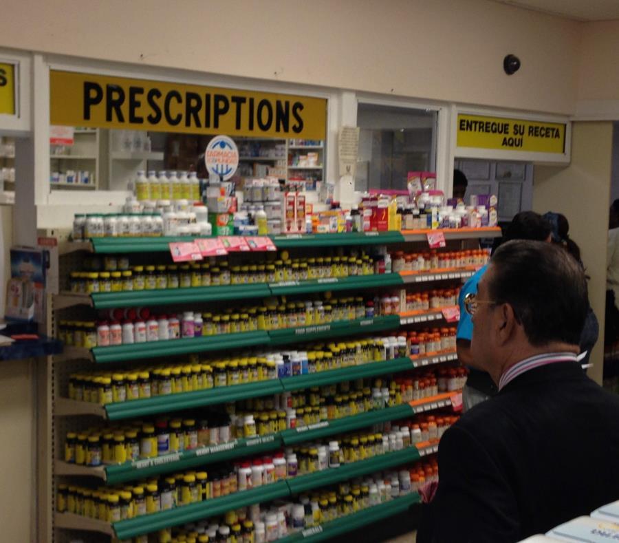 Los medicamentos genéricos se han encarecido, debido a la escasez en Estados Unidos. (EFE) (semisquare-x3)