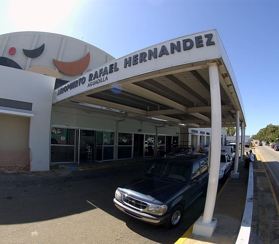 El aeropuerto de Aguadilla recibirá dos asignaciones, que suman $20 millones, para reparar la pista (GFR Media) (semisquare-x3)