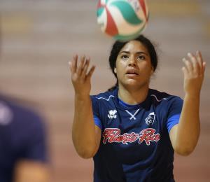 A Noami Santos le sorprende la intensidad del voleibol español