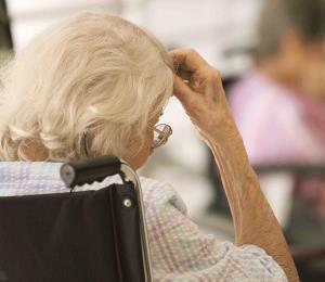 La atención de adultos mayores