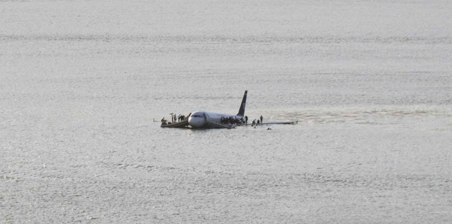 avion en el hudson (horizontal-x3)