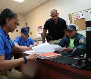 Contra el reloj para reclutar a más policías