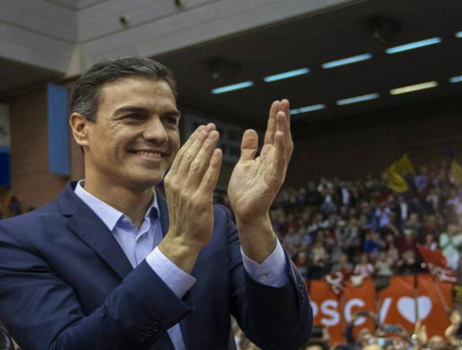 El presidente Pedro Sánchez encabeza a los socialistas (semisquare-x3)