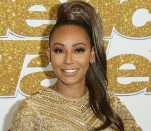 Mel B revela que tuvo una relación con una de las Spice Girls