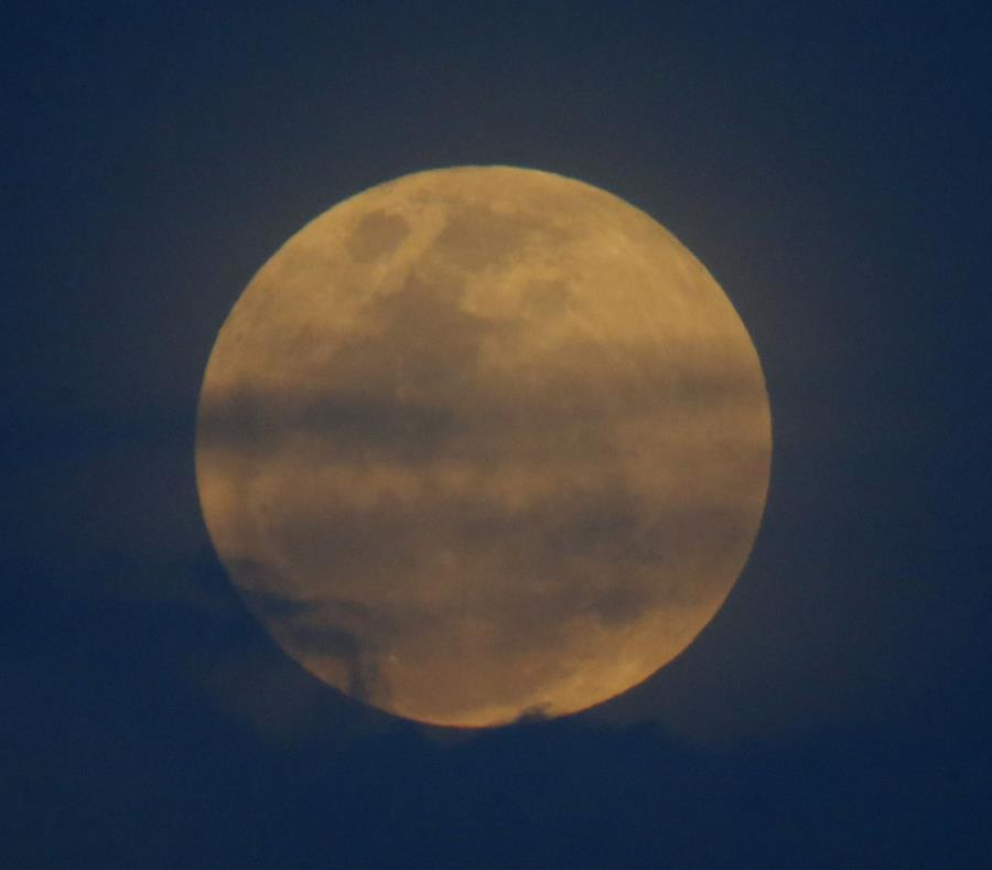 'Eclipse de superluna azul de sangre' regresa después más de 150 años
