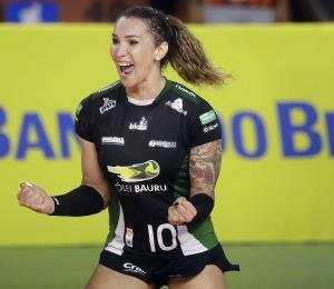 Jugadora transgénero debuta en el vóleibol brasileño