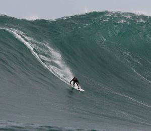 Organización ofrecerá seminario de seguridad para surfers en Puerto Rico