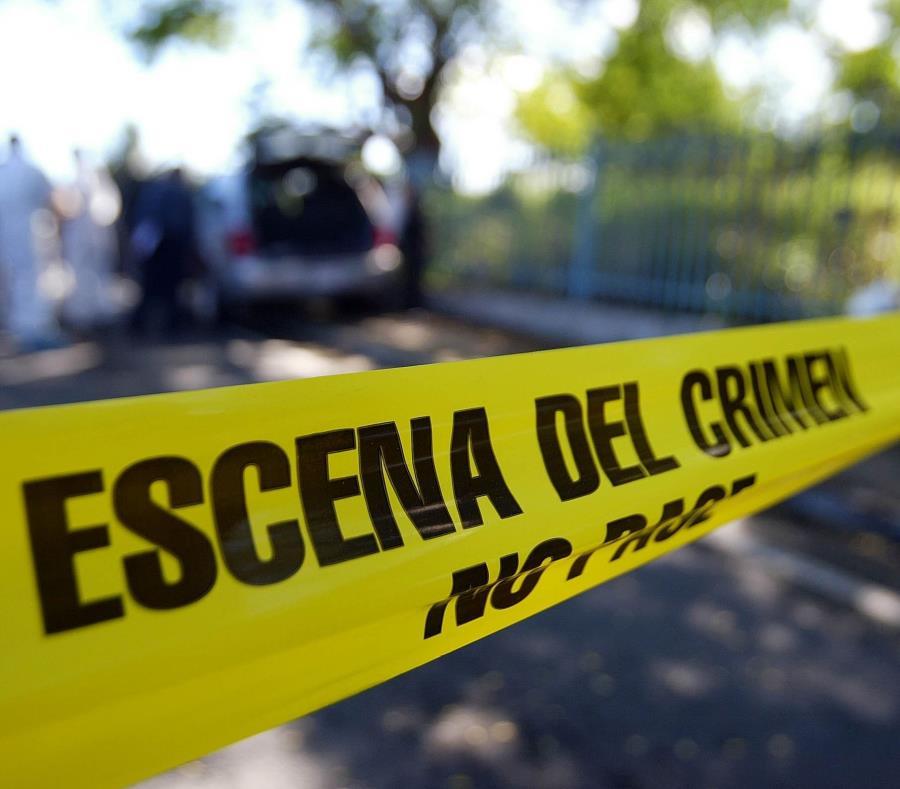 La mujer presentaba heridas en el área del cuello y las manos con un arma blanca, informó la Policía. (GFR Mrdia) (semisquare-x3)