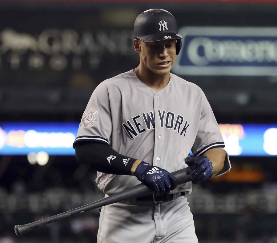 Aaron Judge se ponchó ocho veces en nueve turnos al bate, un récord para una doble cartelera durante la era moderna del béisbol según STATS. (AP / Carlos Osorio) (semisquare-x3)