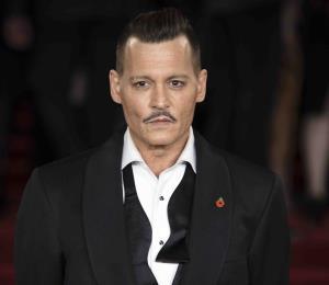 Johnny Depp alcanza acuerdo con firma que administraba su dinero