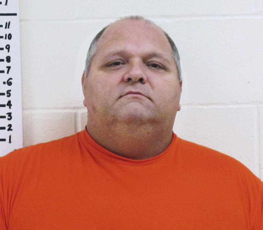 Michael Middleton, de 43 años, evitará la cárcel si se porta bien los próximos cinco años. (AP) (semisquare-x3)