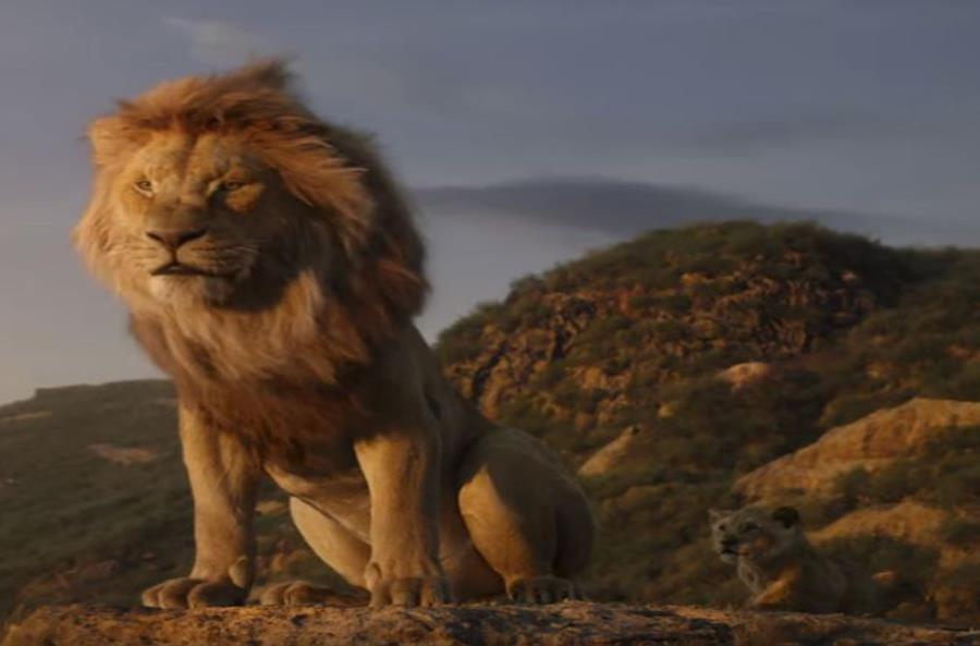 Escena en que Mufasa le enseña su reino africano al pequeño Simba. (Captura / YouTube) (semisquare-x3)