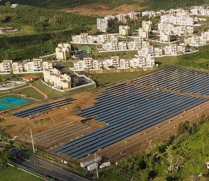Generadores y placas solares: nuevas armas del sector industrial