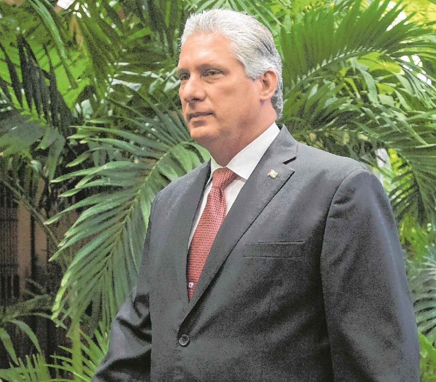 Presidente de Cuba dialoga con sus homólogos de Kenia y Somalia