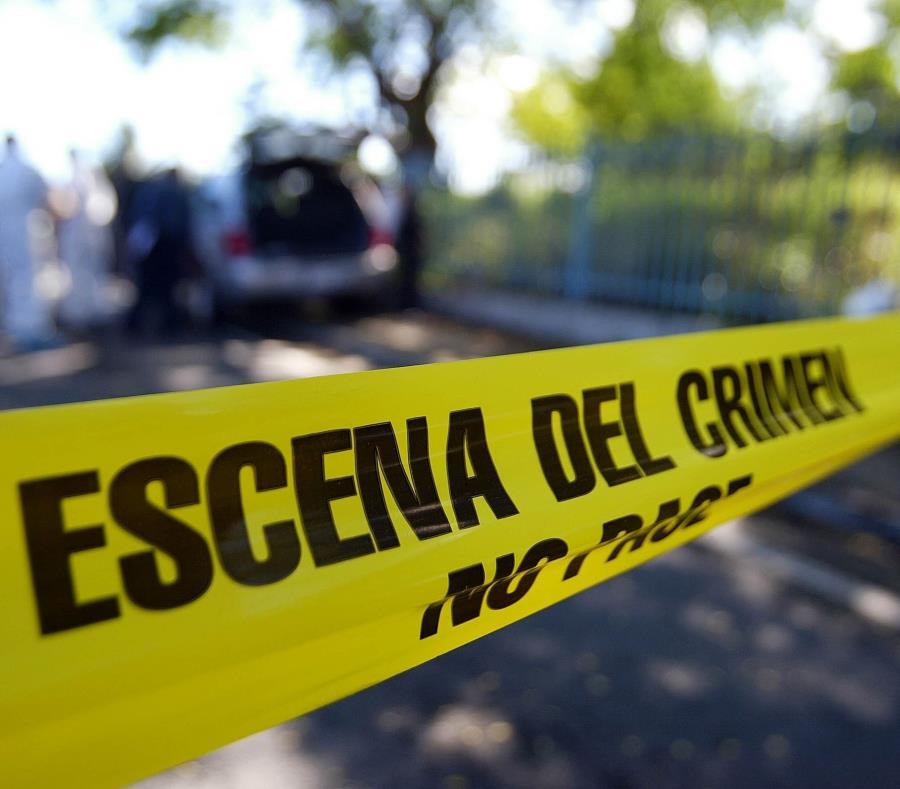 Agentes adscritos al Cuerpo de Investigaciones Criminales (CIC) de Fajardo investigan los hechos. (GFR Media) (semisquare-x3)