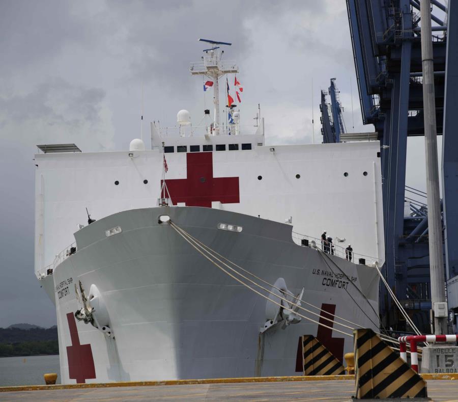 USNS Comfort está en una misión de 11 semanas a varios países sudamericanos afectados por el éxodo de venezolanos. (EFE) (semisquare-x3)