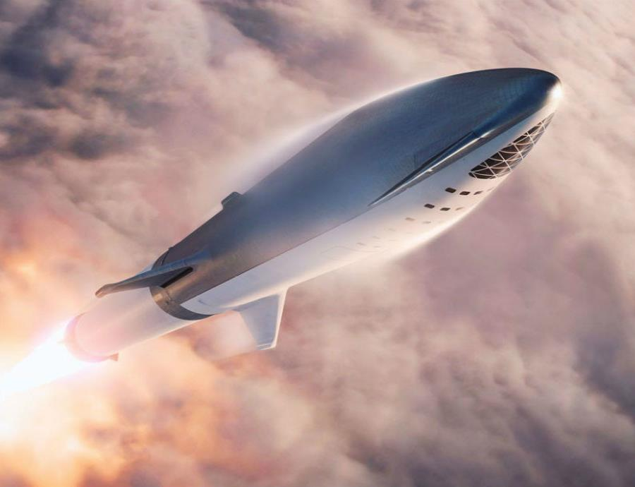 Fundador de SpaceX muestra el cohete que pretende conquistar Marte