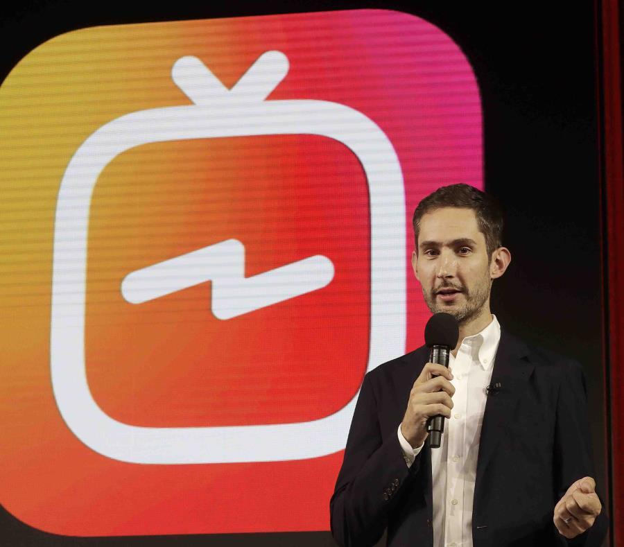 Kevin Systrom, director general y cofundador de Instagram, se prepara para un anuncio sobre IGTV en San Francisco. (AP) (semisquare-x3)