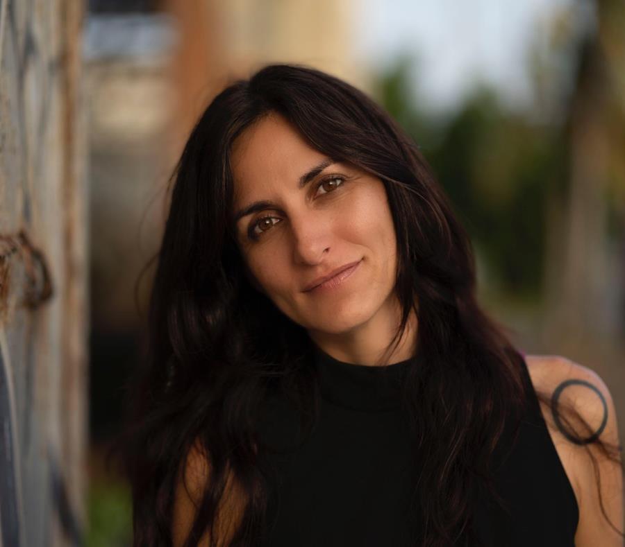 Simultáneo a su espectáculo, Katira María se concentra en sus nuevos proyectos, en el que predomina grabar algunas de sus canciones en un estudio. (Suministrada / José R. Madera) (semisquare-x3)