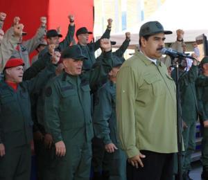 Maduro acusa al presidente colombiano de planear un ataque contra Venezuela