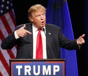 Escándalo de Sessions opaca discurso de Trump