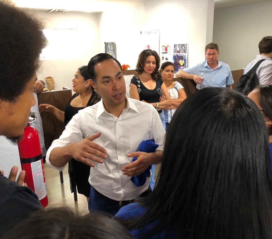 Julián Castro, el único precandidato hispano a la presidencia de EE.UU. (AP) (semisquare-x3)